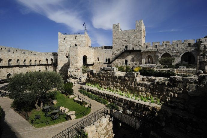 The Tower of David's yard: combination of vegetation and encient structures to explore.