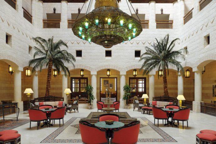 lobby-lounge-at-movenpick-petra